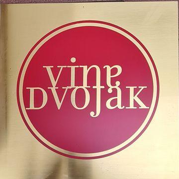Vina Dvojak